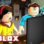 WHERE IS THE BEAST? GOTTA HACK Roblox Flee the Facility w Dollastic Plays MicroGuardian